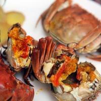 清蒸大闸蟹时,掌握这5点小技巧,肉质鲜甜无腥味,吃起来更鲜美