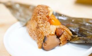 端午节 / 喜茶、星巴克、肯德基和好利来的粽子……到底哪家值得买?