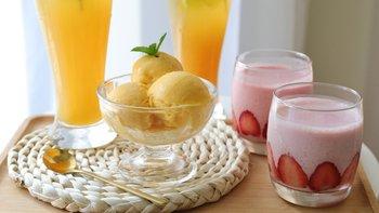 Freesiaa Made 篇六十九:原汁机不只是一杯橙汁—3道原汁机食谱:草莓奶昔、芒果冰淇淋、气泡柠檬红茶