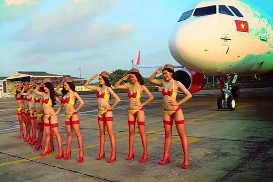 空中T台哪家强?全球20家航司空姐制服大PK!100张美图奉上!