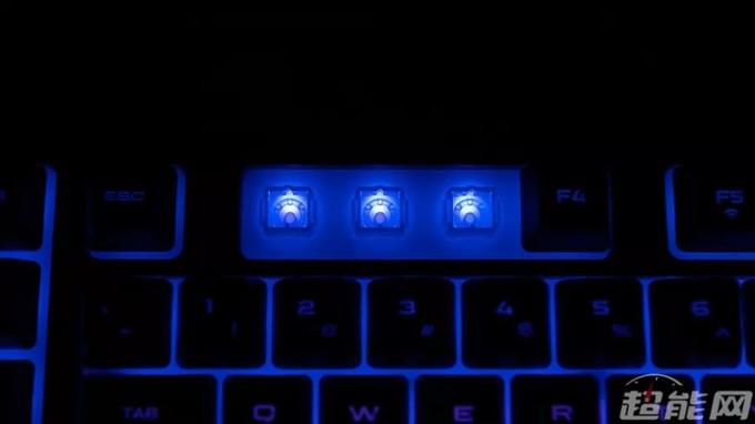 海盗船K57 RGB无线键盘体验:薄膜党新的旗舰选择
