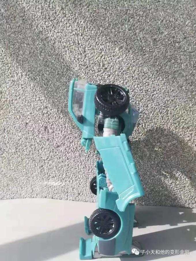 【评玩具】子小天:岑测评《变形金刚 经典3.0杯子,性价比非常高的小车,买了不后悔!》