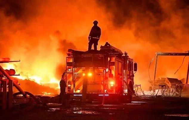 加州酒乡再遇大火,纳帕、索诺玛葡萄园再次成为重灾区