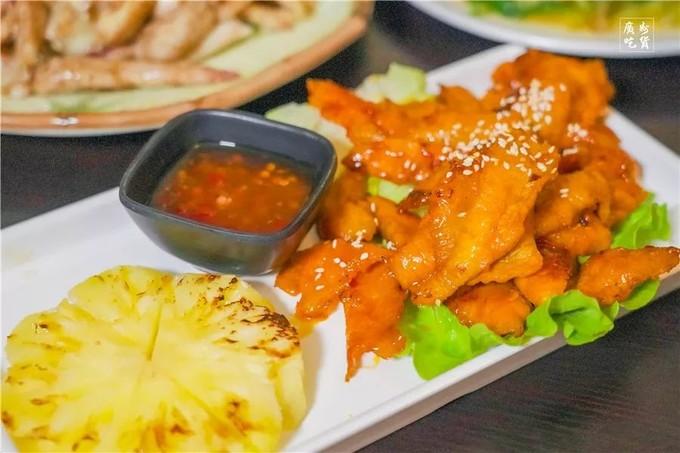 """藏身中山七路的""""大排档"""",人均40+吃越南大餐!"""