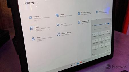 外媒上手联想 ThinkPad X1 Fold,Windows 10X 同步曝光