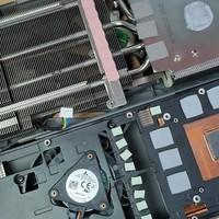 看完非公版RX5700XT奢华的散热器之后才知道AMD公版涡轮为啥热