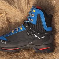 实战派户外装备中心 篇四十八:新年晒鞋:Salewa Crow乌鸦 半卡登山靴
