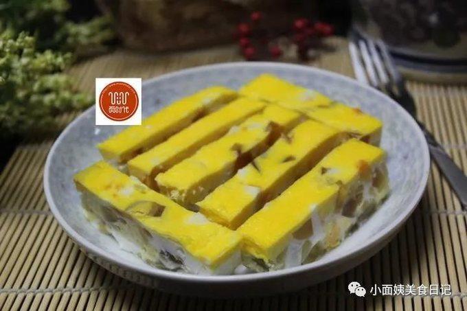 普通的蒸蛋吃腻了,试试这种新做法,好看好吃,做法超简单!