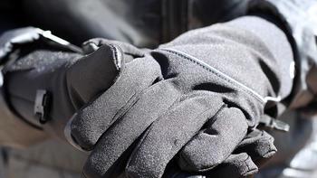 智趣测评 篇一百一十七:告别户外冻手刷手机,冬天必备的七面手套测评