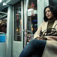 郝蕾新片《春潮》即将在网络播出,5月17日上线爱奇艺,影展时收获较高口碑
