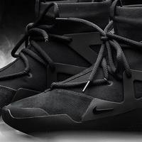 新鞋光速开箱 篇六:今年买的最贵的鞋-18年鞋王-Nike x Fear Of God 1黑魂配色上脚