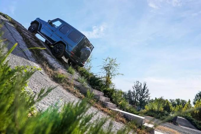 回归,新生,硬派依旧——梅赛德斯-奔驰G 350