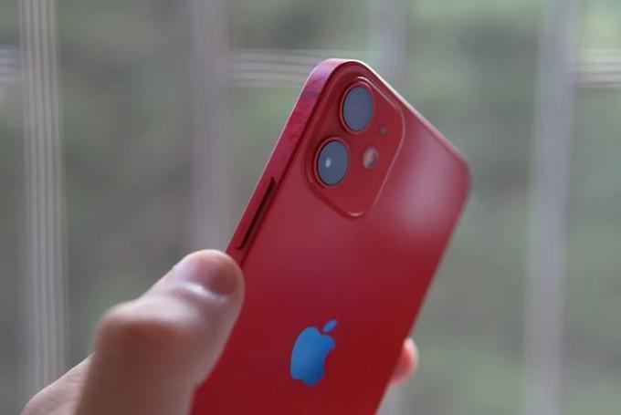 iPhone 12 mini 是近几年我最满意和最喜欢的一台手机
