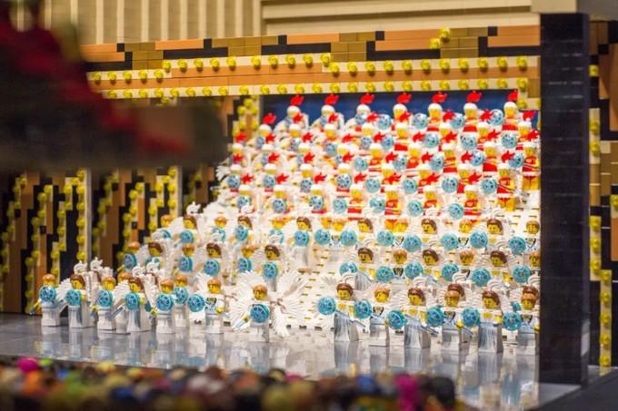 用5万颗零件拼出国宝名画,这个日本大叔在乐高圈火了!亮出身份后:是我冒犯了……