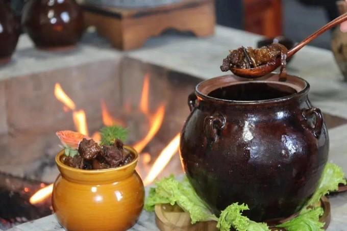 """在""""雨水""""这一天,川西人会吃罐罐肉?"""