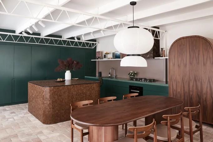 一个被绿色贯穿的二十世纪中期风格的古典之家,有多宁静,有多美!