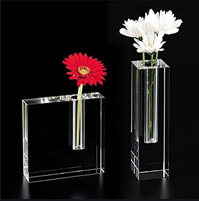 你以为花瓶只是为了插花?这二十款有颜有灵魂的花瓶给你答案!