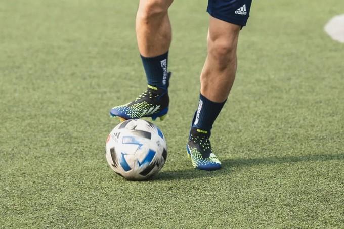 宽脚能穿了,鞋面变软了,TA还有什么问题?