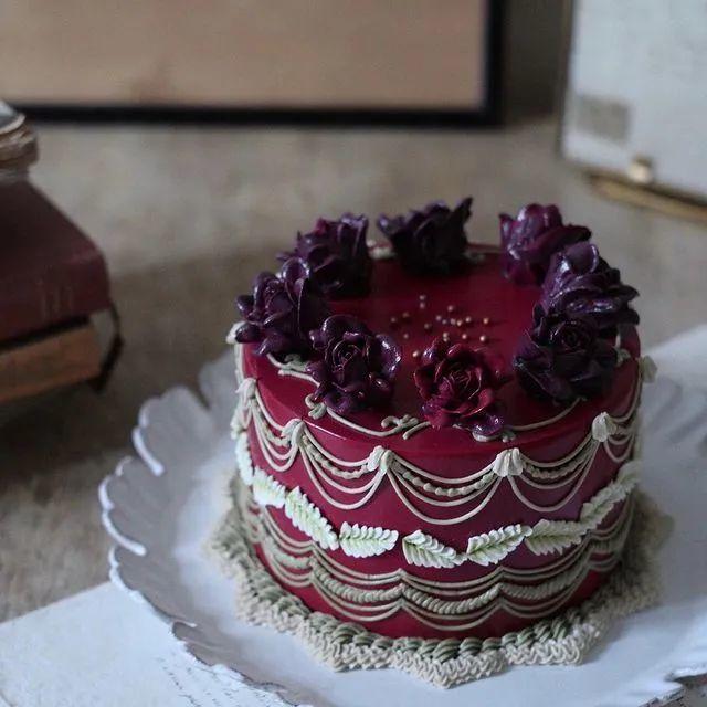 最挣钱的裱花蛋糕如何打造?看看这100+款美到极致的裱花蛋糕找找灵感