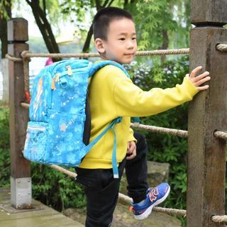 别让孩子输在起跑线,背上GMTforKids挪威小方包,轻便!舒适!充裕!