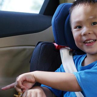 童心造物 篇二十八:小朋友們安全舒適的VIP座艙,惠爾頓-繭之旅2安全座椅